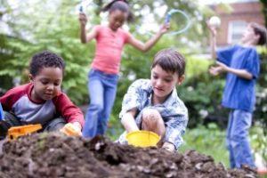 Das Spiel- ein Königsweg für Kinder. Psychodrama in der Vor- und Grundschule @ FAB gGmbH